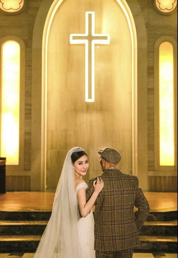 Bộ ảnh cưới của cô gái trẻ và cụ ông 87 tuổi khiến dân mạng xôn xao - ảnh 6