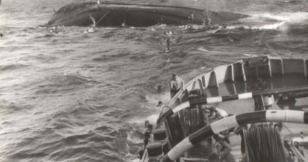 Hải quân Liên Xô cứu hộ tàu HQ-614  ở Trường Sa: Bất trắc đã xảy ra - Ảnh 4.