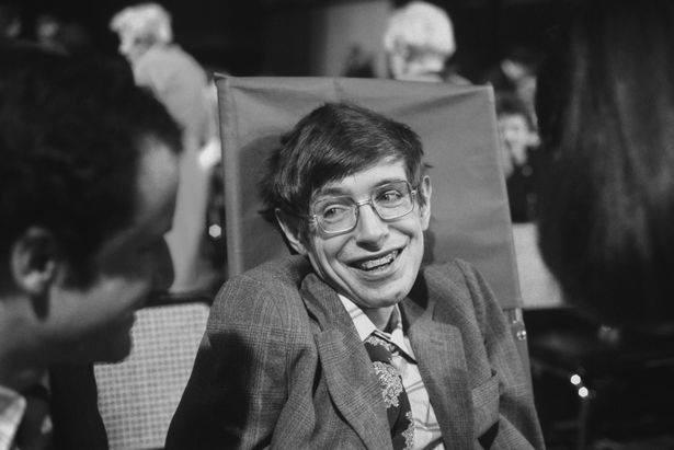 Sự thật đằng sau bộ phim triệu người xem về Stephen Hawking: Những ẩn ức chưa kể - ảnh 1