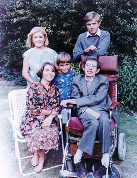 Sự thật đằng sau bộ phim triệu người xem về Stephen Hawking: Những ẩn ức chưa kể - ảnh 6
