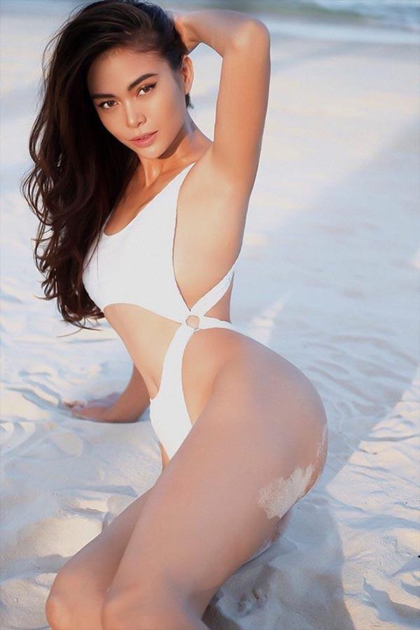 Cuộc đua gợi cảm của Hoàng Thùy, Mâu Thủy sau Hoa hậu Hoàn vũ Việt Nam - Ảnh 17.