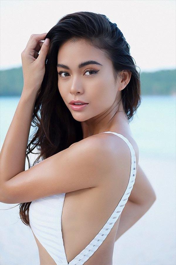 Cuộc đua gợi cảm của Hoàng Thùy, Mâu Thủy sau Hoa hậu Hoàn vũ Việt Nam - Ảnh 15.