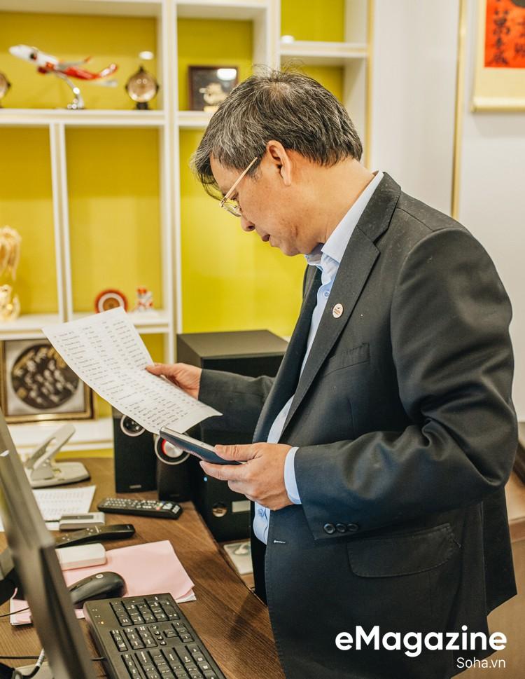 GS Nguyễn Anh Trí: Nếu kiếm tiền một cách chính danh, tôi là một trong những giáo sư giàu nhất VN - Ảnh 13.