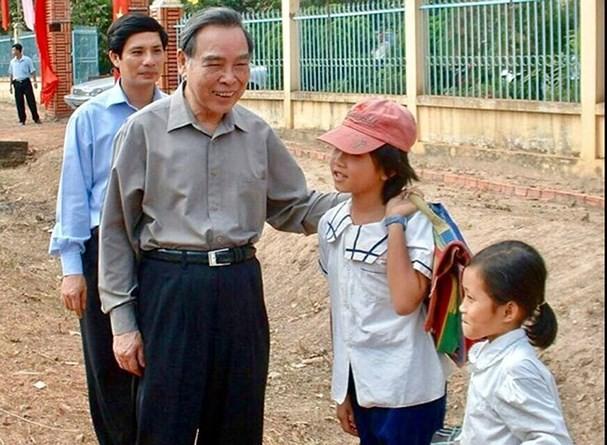 Nguyên Phó Thủ tướng Phạm Gia Khiêm: Anh Sáu Khải là Thủ tướng xóa đói giảm nghèo - Ảnh 1.