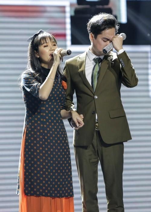 Cô bé mù hát Bolero khiến Ngọc Sơn khóc, Quang Lê tặng 10 triệu và Như Quỳnh mời hát chung - Ảnh 4.