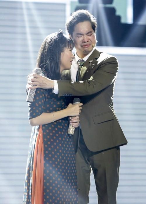Cô bé mù hát Bolero khiến Ngọc Sơn khóc, Quang Lê tặng 10 triệu và Như Quỳnh mời hát chung - Ảnh 5.