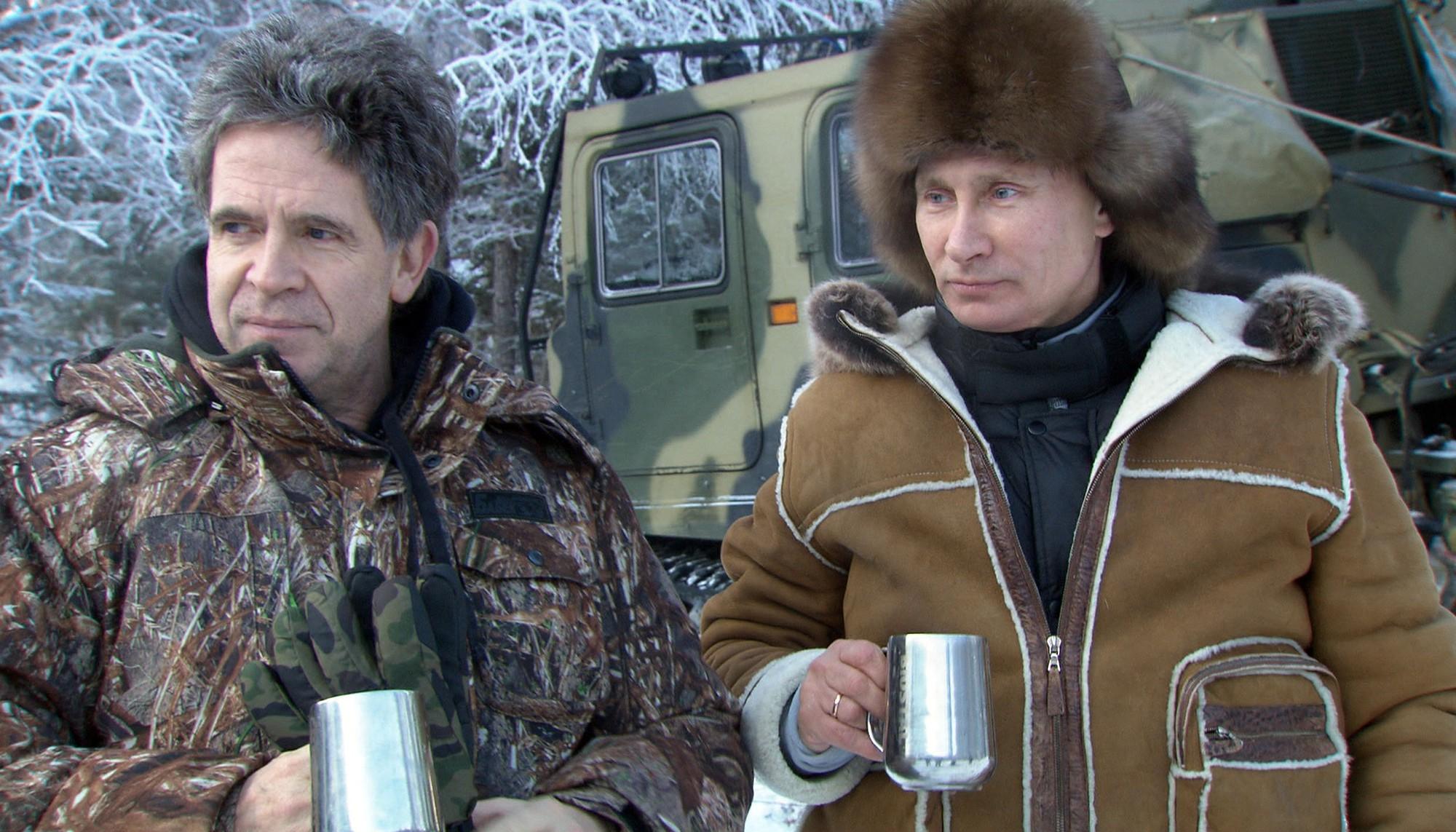 Vladimir Putin: Những khoảnh khắc cô đơn của người đàn ông thép - Ảnh 2.