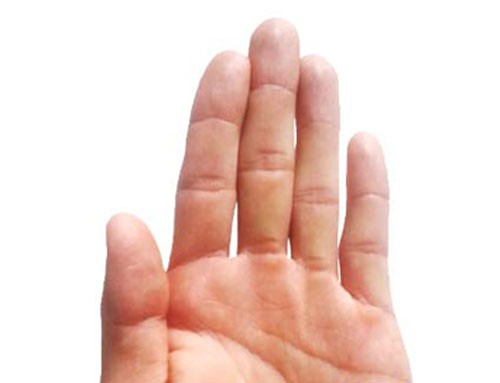 Liếc nhìn ngón tay cái, biết ngay bạn 'giàu nứt đố đổ vách' hay 'nghèo rớt mồng tơi' - Ảnh 3.