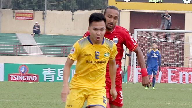 Những bộ mặt tương phản của quân thầy Park tại vòng 3 V.League - Ảnh 5.