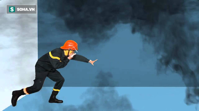 Khi cháy chung cư, nhà cao tầng, nếu không thoát được ra ngoài phải làm gì? - Ảnh 1.