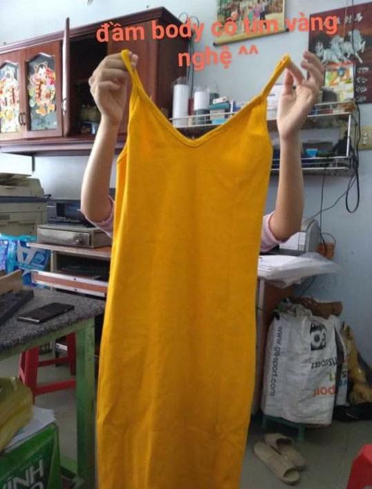 Cô gái nước mắt tràn xô khi mua sơ mi nhưng nhận được váy body vàng nghệ, cách chủ shop phản ứng còn sốc hơn! - ảnh 3