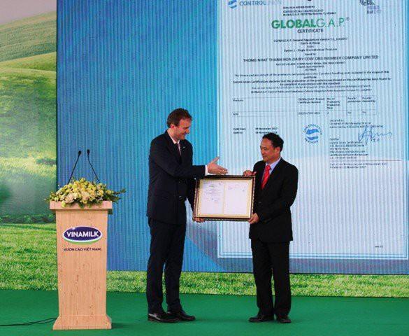 Khánh thành trang trại bò sữa công nghệ cao Vinamilk Thanh Hóa - Ảnh 2.