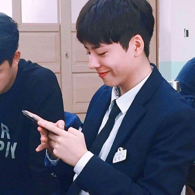 Chàng trai với gương mặt giống hệt Park Bo Gum, đến fan ruột còn tưởng đây là thần tượng thời trẻ - Ảnh 14.