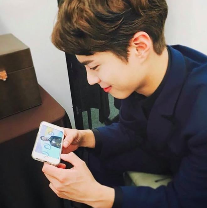 Chàng trai với gương mặt giống hệt Park Bo Gum, đến fan ruột còn tưởng đây là thần tượng thời trẻ - Ảnh 15.