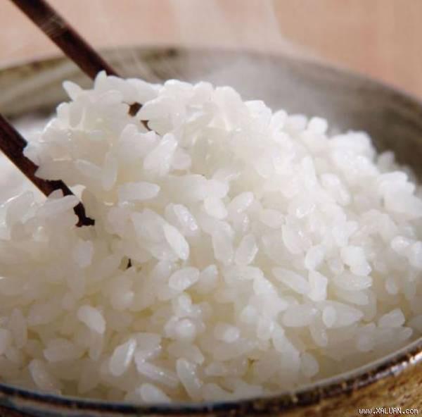Gạo trắng hay gạo lứt tốt cho sức khỏe hơn: Lâu nay nhiều người ngộ nhận, dẫn tới dùng sai - Ảnh 2.
