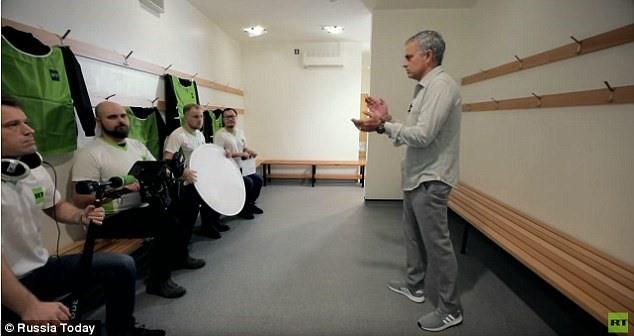 Người đặc biệt Mourinho kí hợp đồng với điện Kremlin, Nga - Ảnh 1.