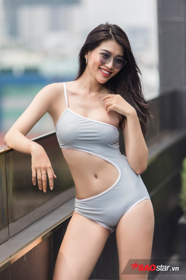 Chiêm ngưỡng hình ảnh bơi lội nóng bỏng của Chế Nguyễn Quỳnh Châu - Ảnh 2.