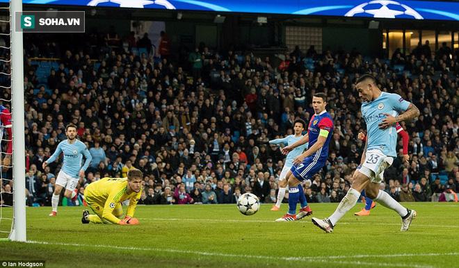 Sao trẻ ghi bàn, Man City ung dung đi tiếp dẫu thua trận - Ảnh 1.