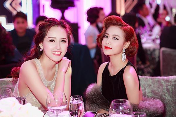Hai cô bạn độc thân giàu có, đẳng cấp và xinh đẹp của Hoàng Thùy Linh - Ảnh 10.