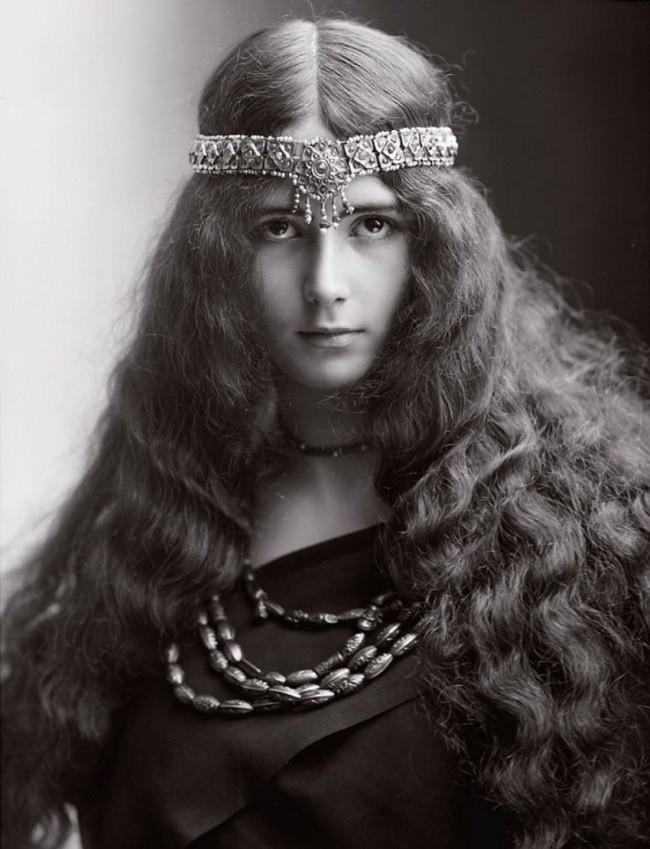 Từ Cleopatra đến Dương Quý Phi, đây là những mỹ nhân xinh đẹp bậc nhất trong lịch sử - Ảnh 4.