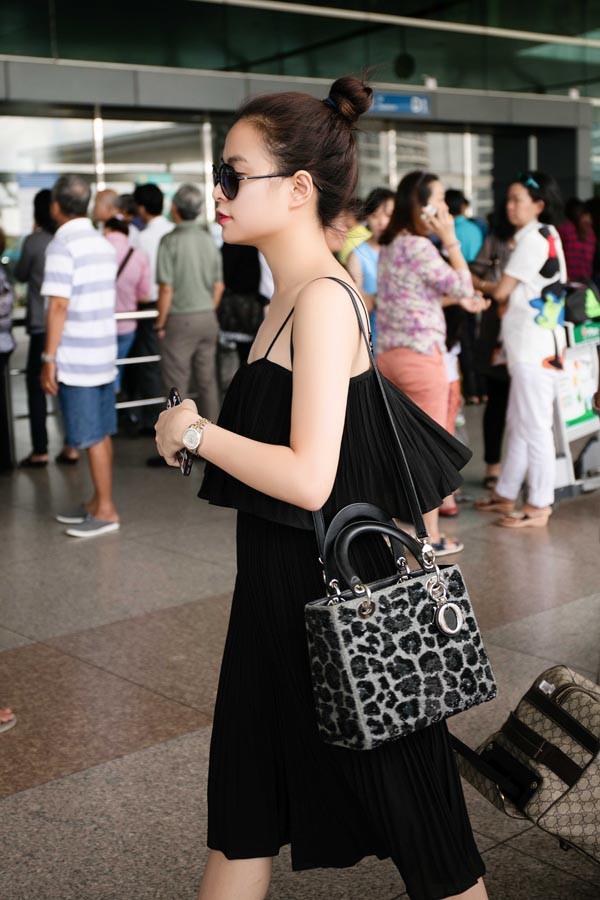 Hai cô bạn độc thân giàu có, đẳng cấp và xinh đẹp của Hoàng Thùy Linh - Ảnh 8.