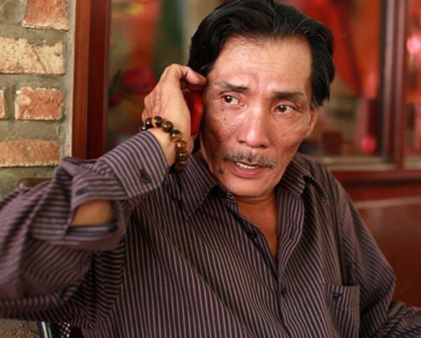 Nghệ sĩ Việt dính vào ma tuý: Lừa bạn, tự đánh gẫy răng mình - Ảnh 1.