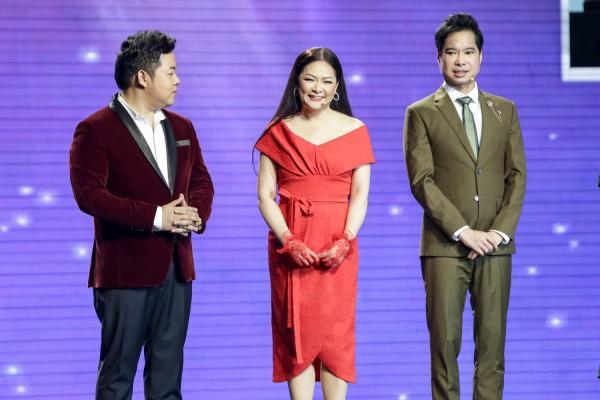 Dạy chồng Tây hát Bolero, cô gái Việt khiến Ngọc Sơn thán phục - Ảnh 1.
