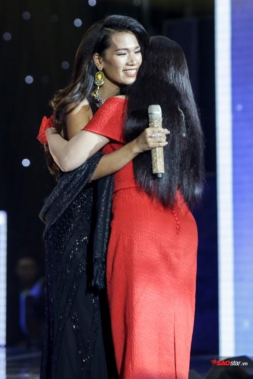 Dạy chồng Tây hát Bolero, cô gái Việt khiến Ngọc Sơn thán phục - Ảnh 7.