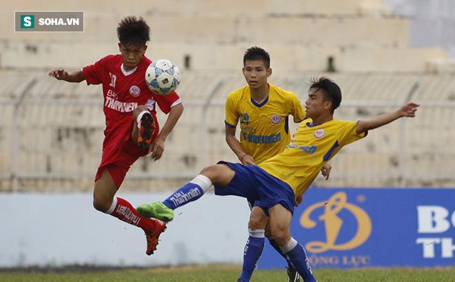 Bị loại khỏi U19, sao Việt Nam học... Messi Thái để lột xác ngoạn mục - Ảnh 1.