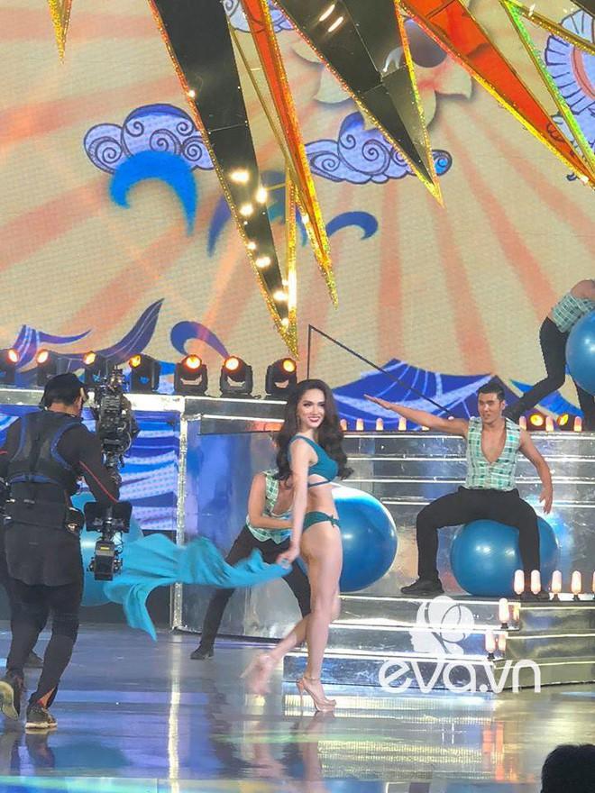 Uống nước cầm hơi, Hương Giang xuất sắc đăng quang Hoa hậu Chuyển giới Quốc tế 2018 3