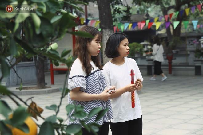 Từ chuyện cô gái được crush bỏ chặn facebook, chủ động nhắn tin, ghé thăm chùa Hà cầu duyên nổi tiếng ở Hà Nội - Ảnh 8.