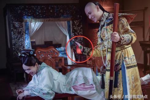Sạn vô duyên trong phim Hoa ngữ: Thời cổ xuất hiện hộp gà rán, lốp xe cao su - Ảnh 9.