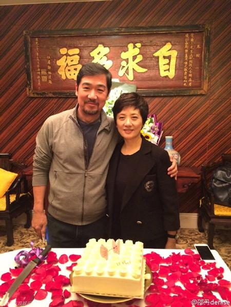 Tình vợ chồng đẹp hơn truyện cổ tích: Phượng Ớt chấp nhận cả đời không sinh con vì quá yêu Khang Hy - Ảnh 5.