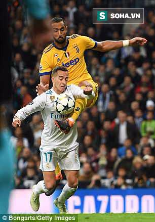 Thua bởi quả penalty ở phút 90+7, Buffon thẳng thừng mắng trọng tài là rác rưởi - Ảnh 1.