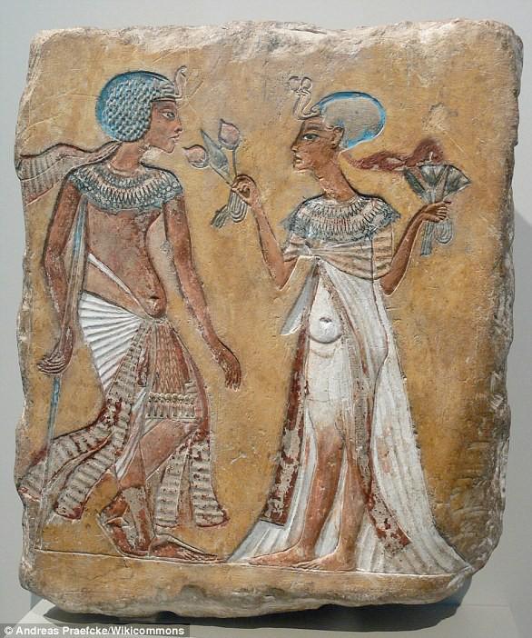 Sắp tìm ra mộ nữ hoàng bi đát nhất của Ai Cập: Phải cưới ông nội, cha và anh trai mình - Ảnh 2.