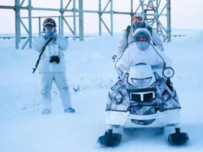 Bắc cực thành điểm nóng khi các cường quốc tăng cường hiện diện - Ảnh 2.