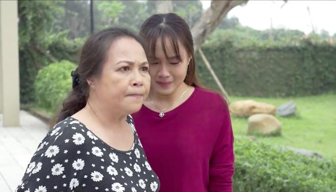 Muôn kiểu tình mẹ của Cả một đời ân oán: Người nhu nhược, kẻ thương con đến mức mù quáng  - Ảnh 10.