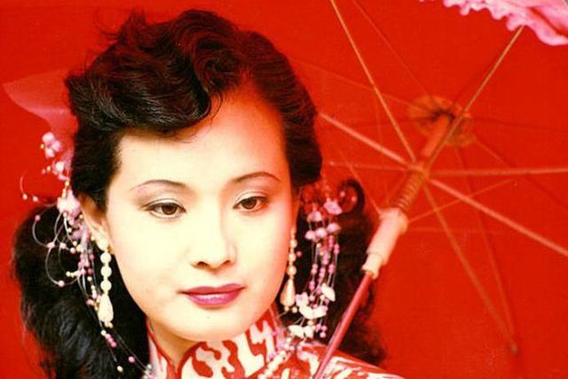 Sau 30 năm, nữ yêu tinh đẹp nhất Tây Du Ký 1986 trở thành bà trùm giàu có - Ảnh 3.