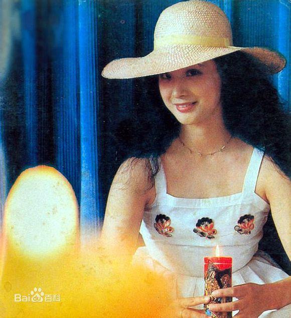 Sau 30 năm, nữ yêu tinh đẹp nhất Tây Du Ký 1986 trở thành bà trùm giàu có - Ảnh 5.
