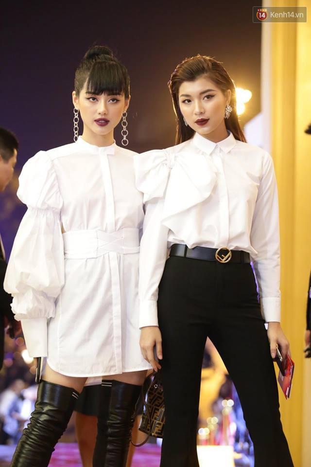 Nhã Phương khoe lưng trần gợi cảm cùng dàn sao Việt đổ bộ thảm đỏ Cánh diều vàng 2017 - Ảnh 15.