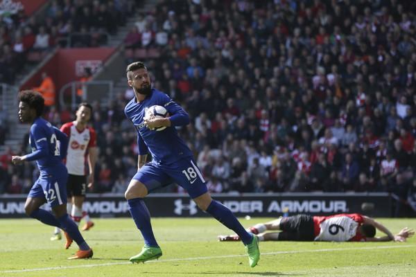 Không phải Morata, Giroud mới là người cứu rỗi mùa giải của Chelsea - Ảnh 2.
