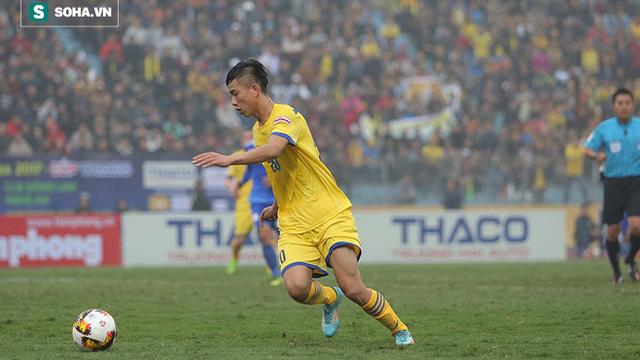 Màn trình diễn tương phản của sao U23 ở vòng 5 V.League - Ảnh 1.