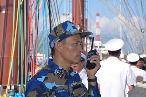 Tàu buồm Lê Quý Đôn xuất phát huấn luyện trên biển - Ảnh 4.