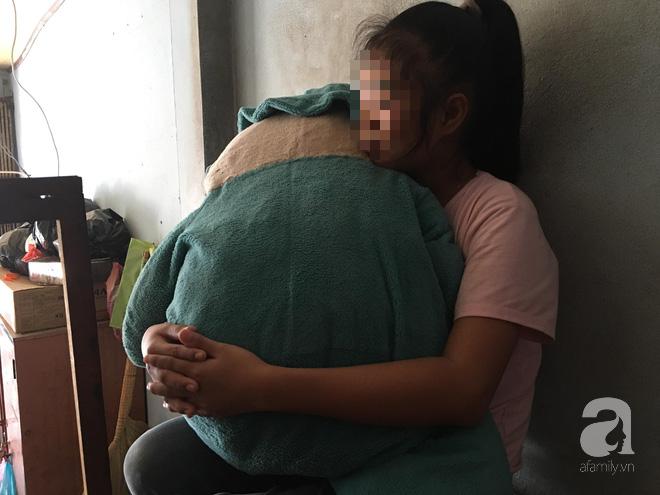 TP.HCM: Phải ở nhà vì không có tiền đi học, bé gái 11 tuổi câm điếc bị xe ôm đưa vào nhà nghỉ xâm hại - Ảnh 3.