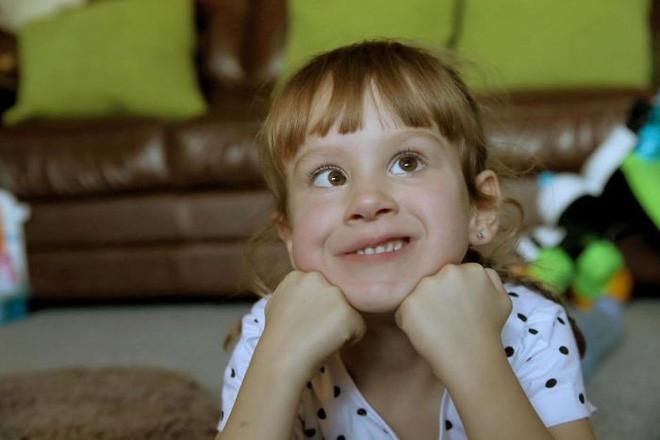 Người cha đồng tính nhận nuôi 4 con khuyết tật suốt 10 năm: Họ hỏi rằng con tôi cũng sẽ bê đê à hay tôi làm thế chỉ vì tiền? - Ảnh 7.