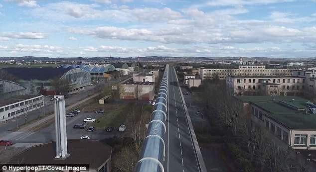 Tỷ phú Mỹ xây dựng tuyến đường siêu tốc độ hyperloop đầu tiên ở châu Âu - Ảnh 11.