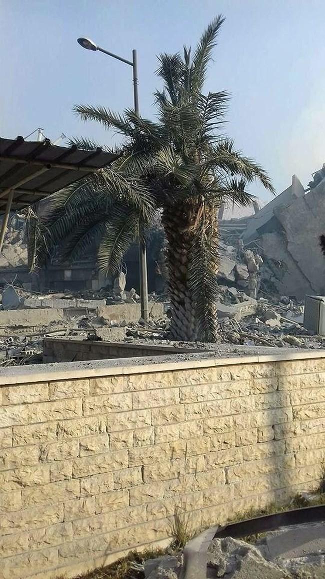 """Syria bắn hạ 71 tên lửa Mỹ-Anh-Pháp: Nga phóng đại hay """"màn dạo đầu"""" của Washington? - Ảnh 4."""