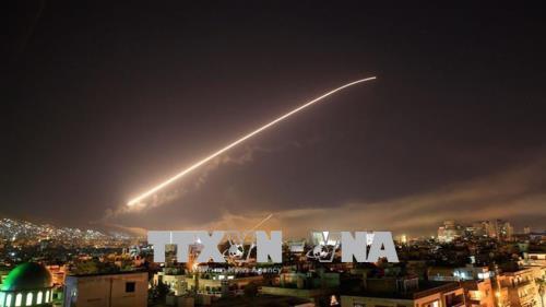 Syria không thay đổi, vụ tấn công của Mỹ chỉ là màn pháo hoa tốn kém - Ảnh 1.