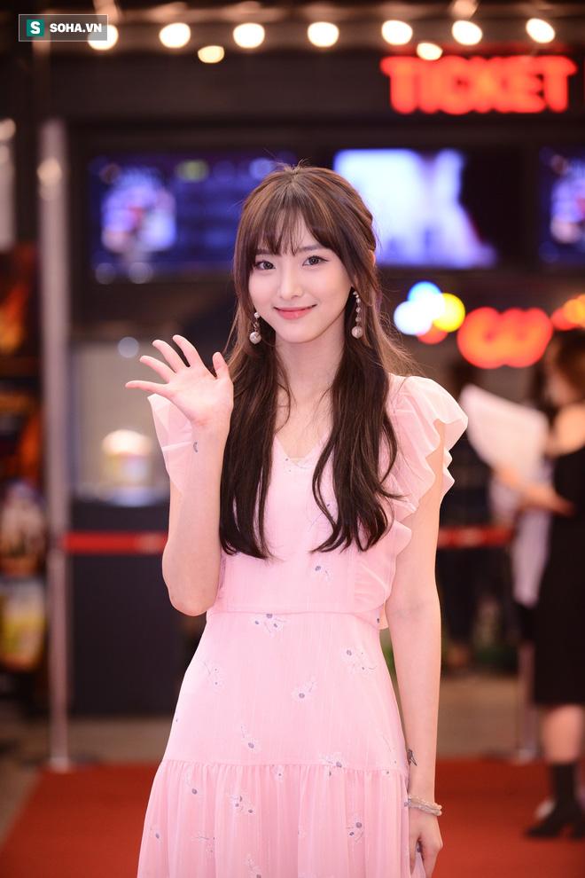 Hot girl Thái Lan Nene: Lý Hải giống cha đỡ đầu, Minh Hà như một người mẹ của tôi - Ảnh 8.