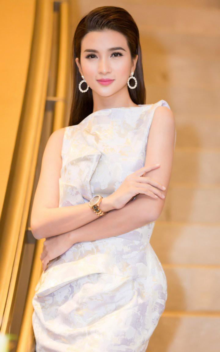 Diễn viên Kim Tuyến gây sốc khi hé lộ quá khứ bị đạo diễn lợi dụng sàm sỡ sờ ...